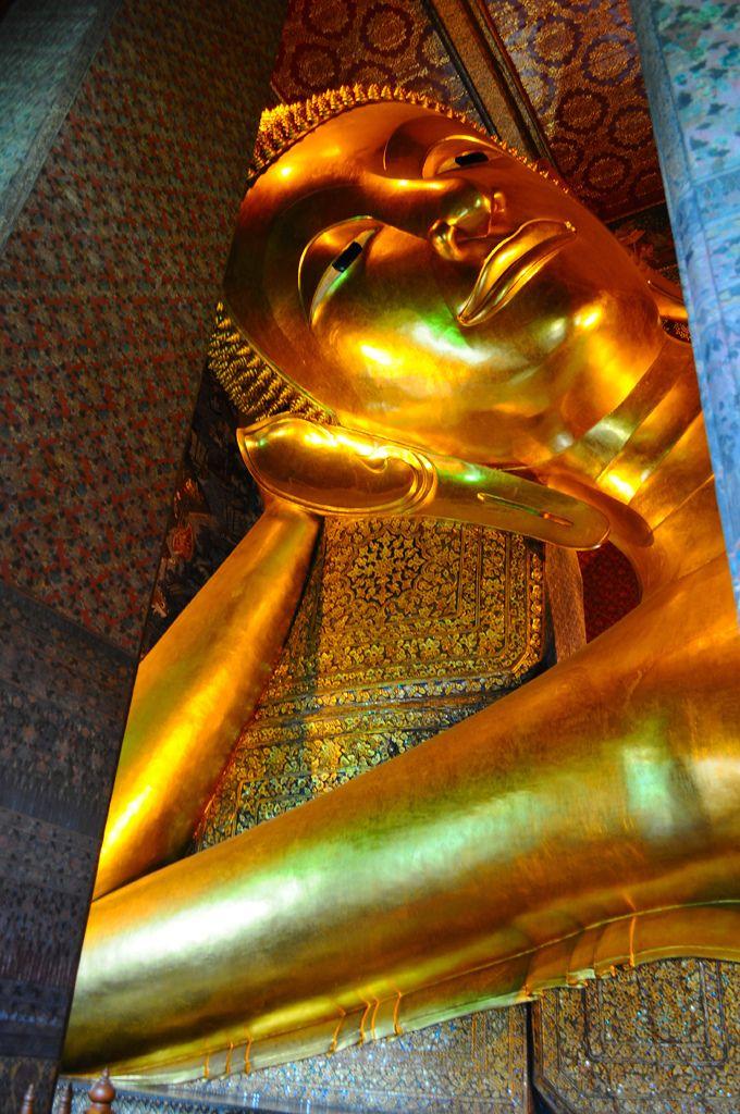 Reclining Buddha Wat Pho Bangkok Thailand & Best 25+ Reclining buddha ideas on Pinterest | Wat pho Bangkok ... islam-shia.org