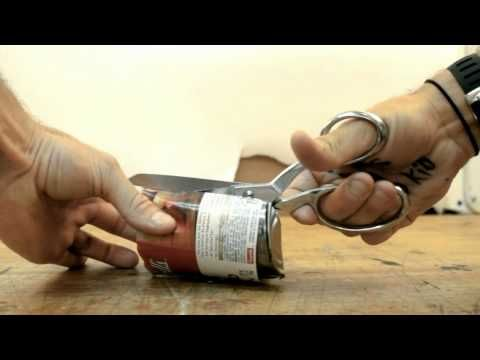 soup can switchblade by Casey Neistat - YouTube