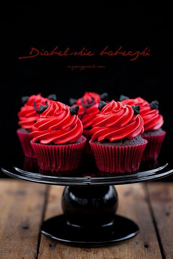 Devilish Cupcakes (Polish)