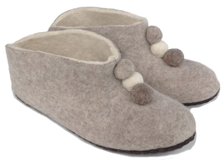 These beautiful fair trade felt slippers are handmade from high quality, Mongolian sheep wool with soft leather sole.  Select shoe size above: 2.5 - 7 (NZ and Aust) and matching foot size in cms. Measure from very back of your heel to the tip of your longest toe - measure both feet and use the longest.  Buy now from Loyal Fair Trade Store