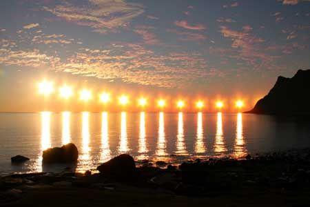 3. Alaska'a midnight sun