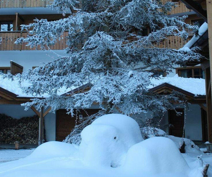 Une matinée recouverte de Neige! Profitez-en pour séjourner au Chalet RoyAlp Hôtel & Spa!