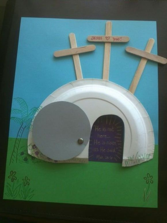 Catholic school Easter project for kids with paper plate and popsicle sticks. Jesus escapes the tomb.