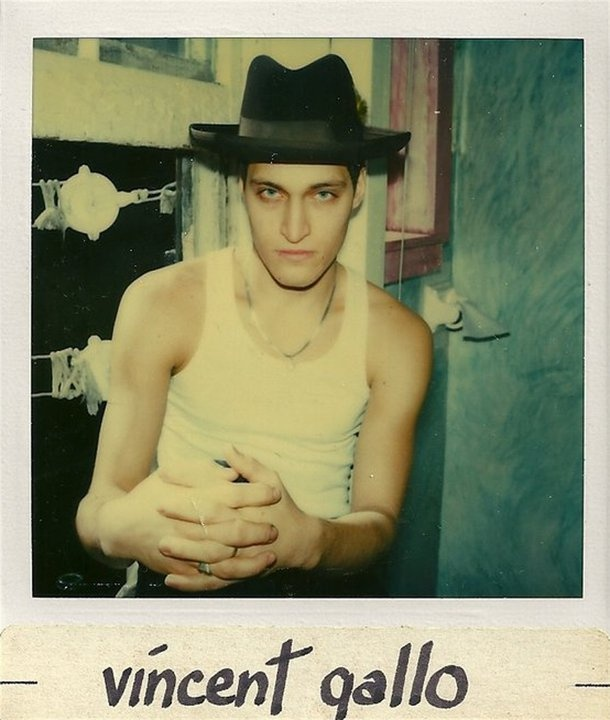 Vincent Gallo: talentless, narcissitic, whiny vaccuum of a human being. Someone run him over with a truck.