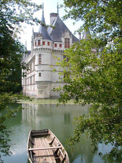 Le château d'Azay-le-Rideau, France