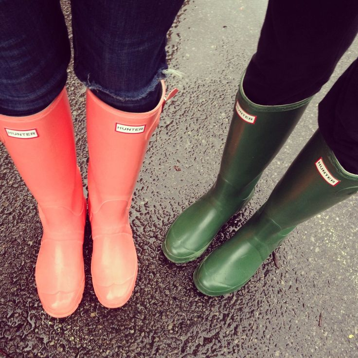 Hunter boots; im in love with this leather lined rain boots, good for also winter when it rains with walley socks!