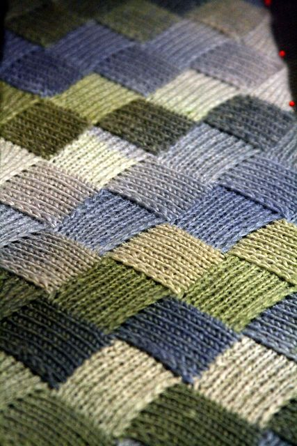 Entrelac scarf by WildThingsRunFast, via Flickr.