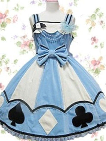 Seriously love this....Keeping Creativity Alive: Alice in Wonderland Costume Collection