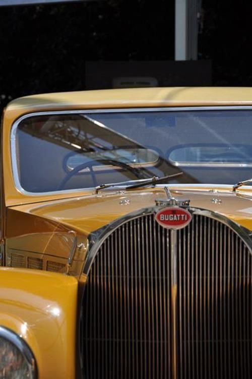 Bugatti Classic Cars Price Sale Buy Accessories Engine 22