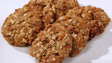 Pohs Chewy Anzacs with Fruit and Nuts