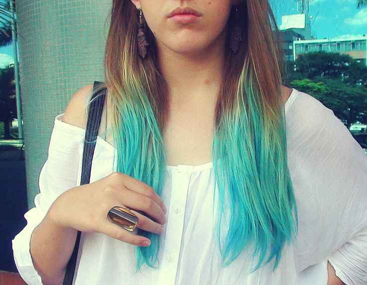 Light Turquoise Hair Color