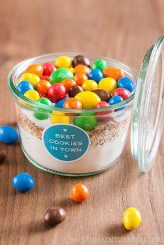 Cookie-Backmischung im Glas, schönes Geschenk aus der Küche | https://www.backenmachtgluecklich.de