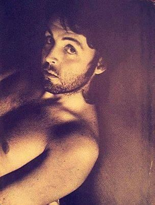 Paul McCartney #singer #Beatles BirthdayJune 18, 1942 Birth SignGemini