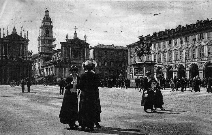 Piazza S Carlo - Torino © www.mepiemont.net