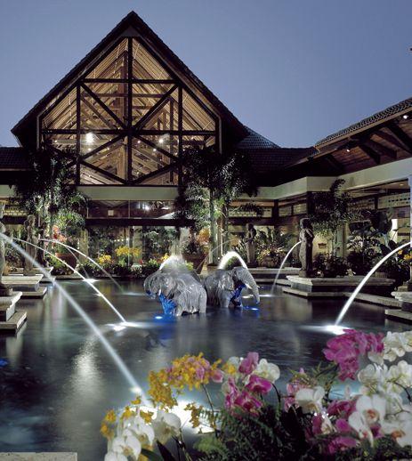 Loews Royal Pacific Resort Universal Studios