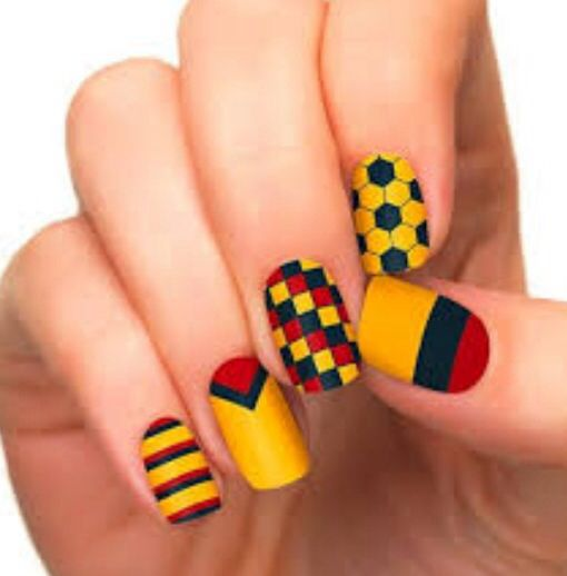 As we know that 2014 FIFA World Cup is on its peak so we are sharing  beautiful and amazing 26 world cup nail art Designs. World Cup 2014 Nail Art  Ideas. - 14 Best Nails Images On Pinterest Colombia Flag, Nail Design And