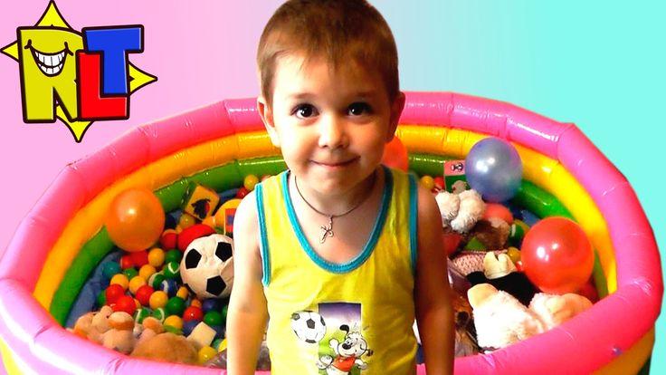 ✨ Веселые Игры в бассейне шариками и игрушками / Funny Games in the pool...