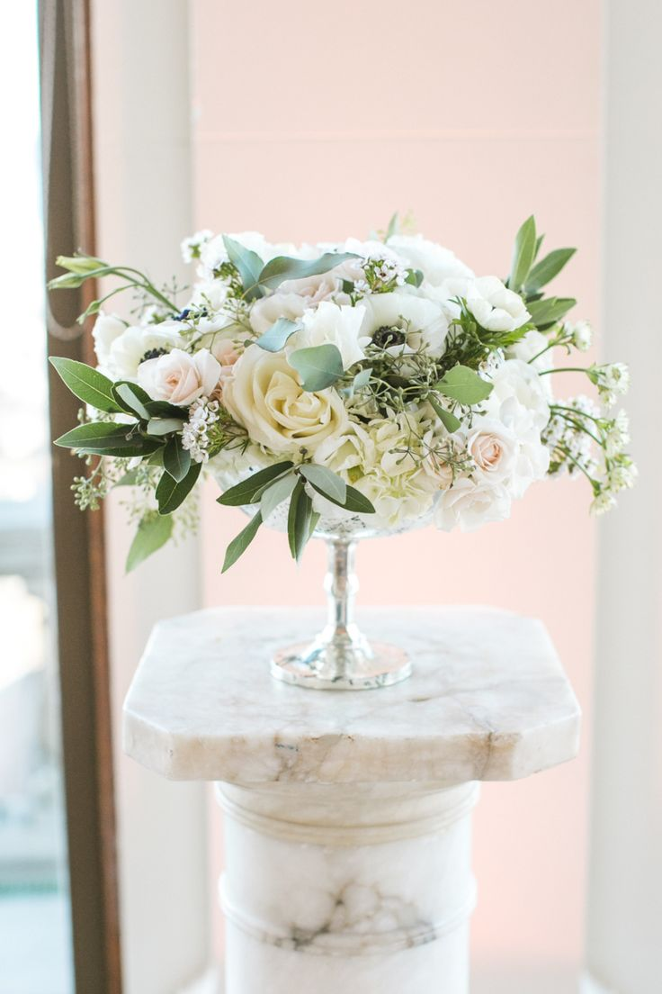 Luxury 25th Wedding Anniversary Flowers Composition - The Wedding ...