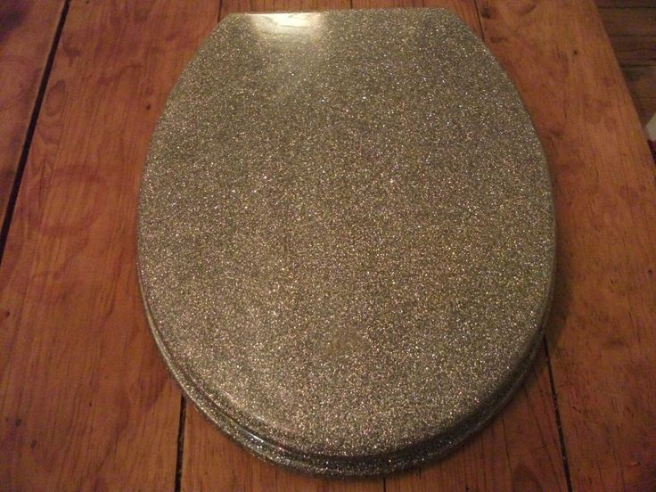 SILVER GLITTER TOILET seat, funky, modern, minimalist, available in gold and also black glitter by BinkyLoveCat on Etsy https://www.etsy.com/listing/94545873/silver-glitter-toilet-seat-funky-modern