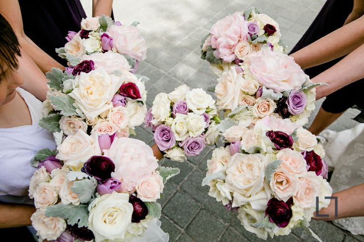 Floral by Avant Gardenia | purple, blush and white wedding flowers | bouquets | Loyola University Donovan Reading Room Wedding | Shannon and Luke Photo