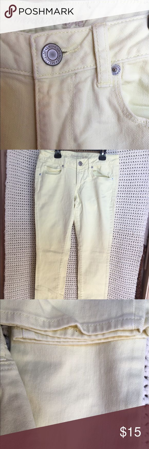 AE Outfitter Jeans Pastel yellow, lightly worn skinny jeans American Eagle Outfitters Jeans Skinny