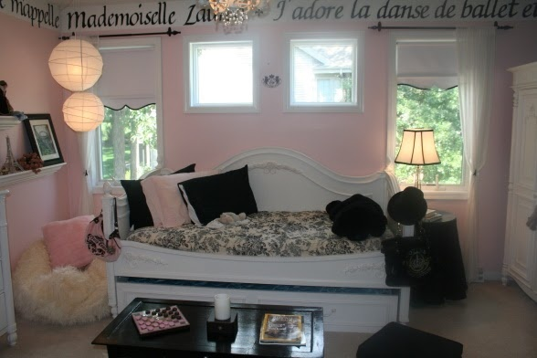yes perfect room for a girl home sweet home