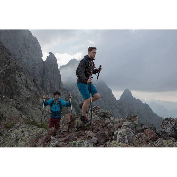 Deportes de Montaña Calzado - Zapatillas de montaña hombre Forclaz 500 Helium negro/rojo QUECHUA - Calzado