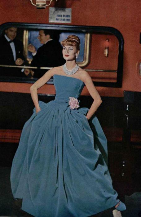 1957 - Dior bal gown