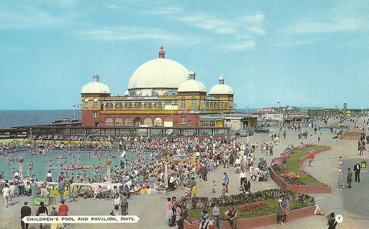 Rhyl Life . Rhyl back in the day when it was at its peak. Sadly we will never see those days again.