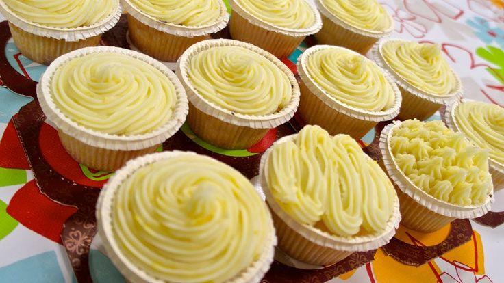 Przepis na najlepsze bardzo cytrynowe cupcakes z lukrem angielskim