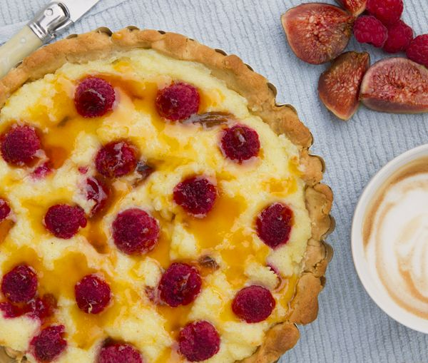 Raspberry, semolina & Fig Tart