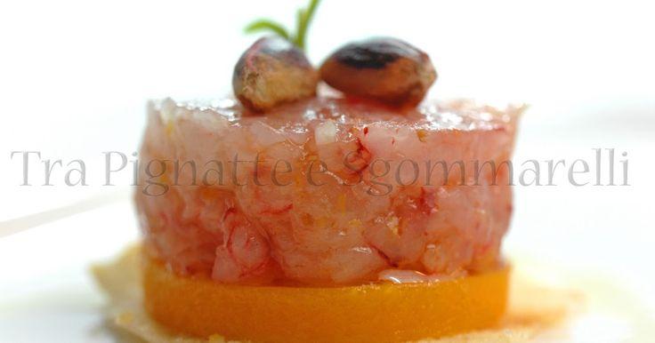 Tartare di gambero rosso al profumo di limone, con gelée di datterini gialli | Tra Pignatte e Sgommarelli