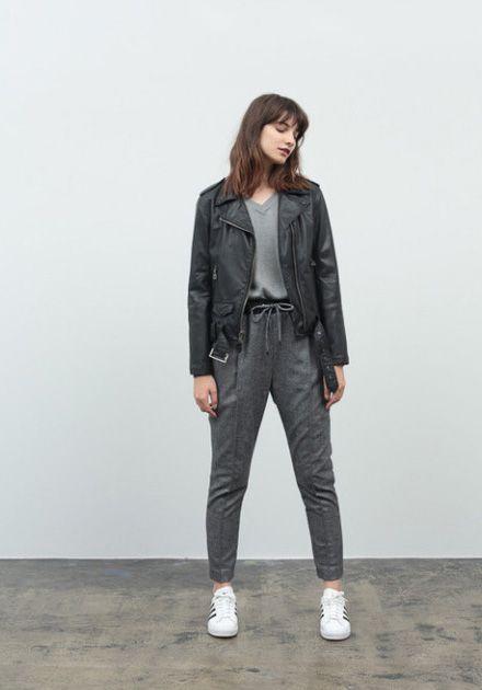 Stussy – fall/winter 2014 / Stussy – podzim/zima 2014 // Krátká kožená bunda – černá, černé kalhoty  #bunda #kozena #leather #jacket #pants #black #stussy #womens #womenswear  http://www.urbag.cz/stussy-damska-kolekce-obleceni-pro-podzim-zimu-2014/