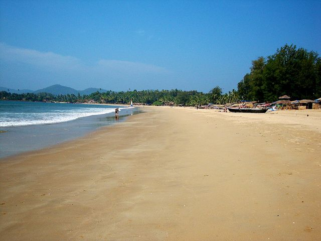 Agonda beach is famous as a Ridley turtle nesting site and is a great spot for sunbathing, relaxing and swimming.