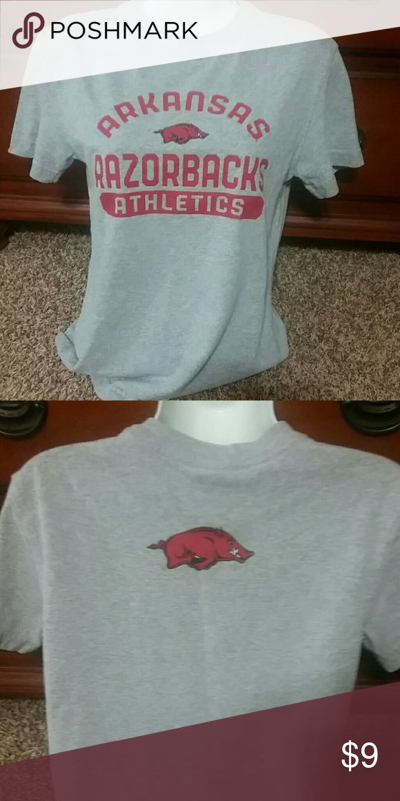 Arkansas Razorback T Shirt Small Arkansas Razorback T Shirt. Printed front and back. Size small. Feel free to ask any questions. Please check my other listings. I make great discounts on bundles!!!! Tops Tees - Short Sleeve