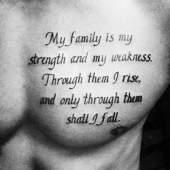 50 Brust Zitat Tattoo Designs für Männer – Phrase Ink Ideen