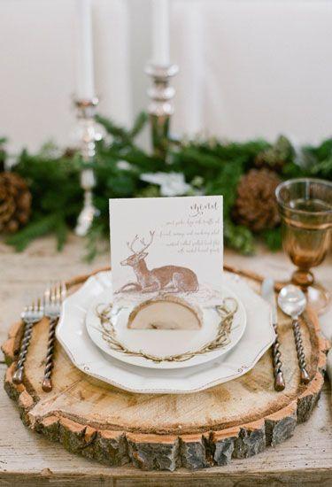 23 Elegant and Easy Thanksgiving Table Settings | Country Living #Thanksgiving #table #DIY #design