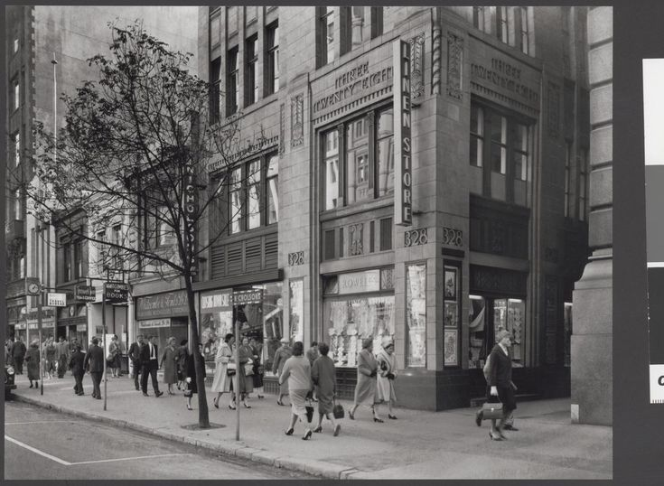Buildings in Collins Street, built as annexes to the Colonial Mutual Life Building, Melbourne 1959