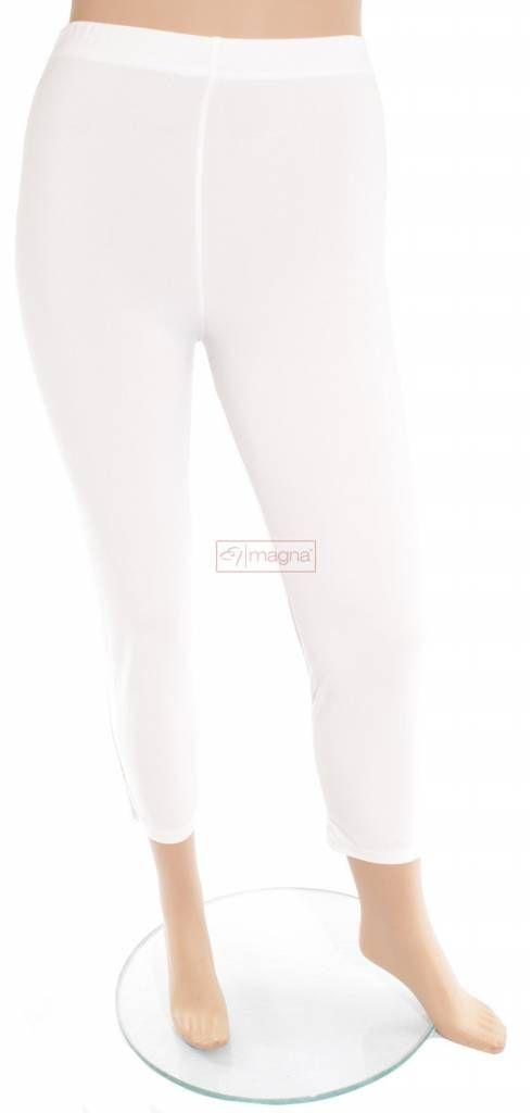 Elastische basis legging voor de modebewuste vrouw met een maatje meer.<br /> Onze grote maten leverancier Magna Fashion levert plus size leggings in ruime maten zoals 44 46 48 50 52 54 56 58. Deze 7/8 basis legging is verkrijgbaar bij Kay Fashion in vele kleu