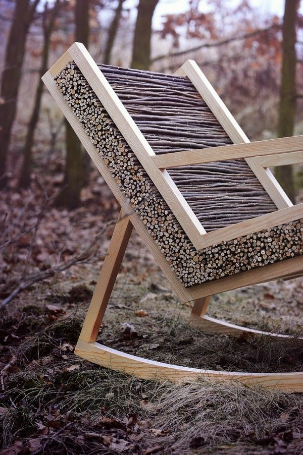 SUSTAINABLE SATURDAY: Studio Vacek, established in 2011 by the Vacek brothers Tomáš and Jiří designed the HALUZ (rocking-chair). Its simple and clean lines are made entirely of ash and willow branches — a mixture of worked wood and raw wood. BRILLIANT!
