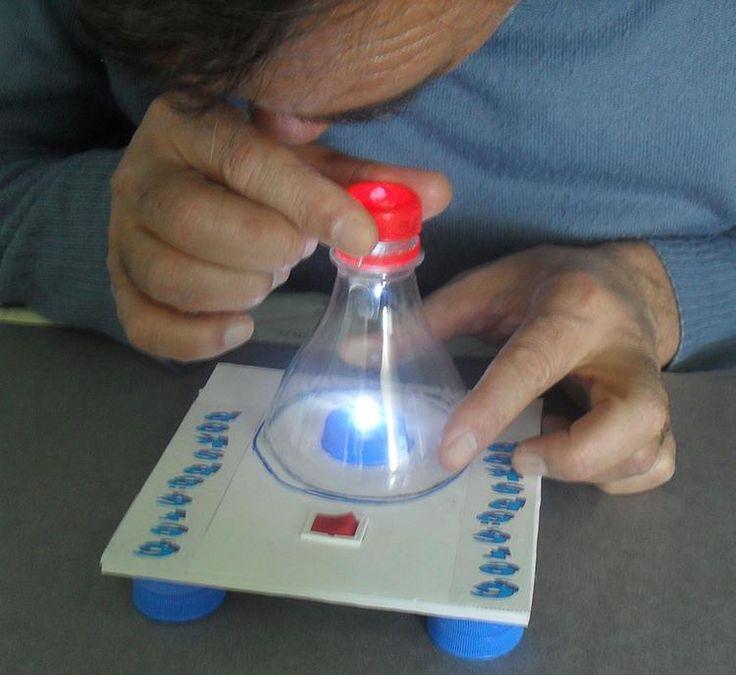 Bu etkinliğimizde maliyeti uygun atık malzemelerden yararlanarak bitki hücrelerini gözlemleyebileceğimiz bir ışık mikroskobu düzeneği tasarlayacağız.