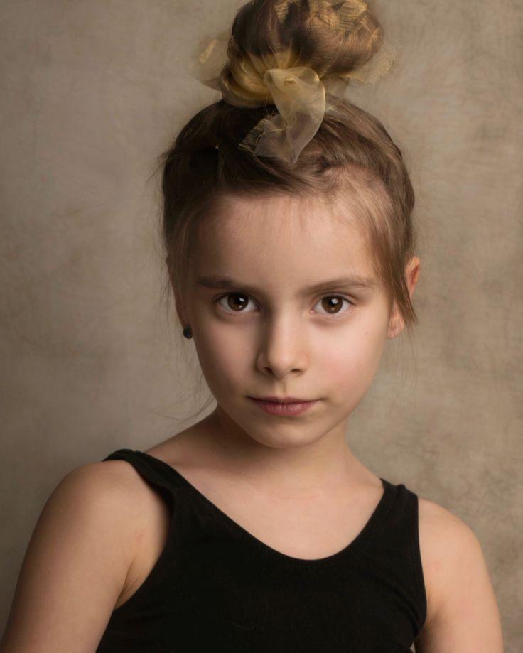 Kids portrait, girl