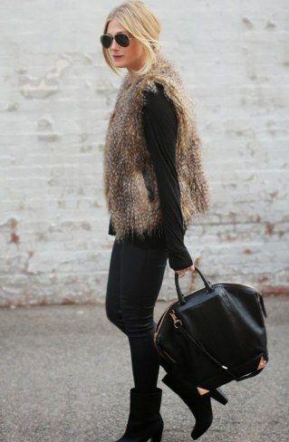 Fake+Fellweste+kombinieren:+Elegant+zum+schwarzen+Outfit