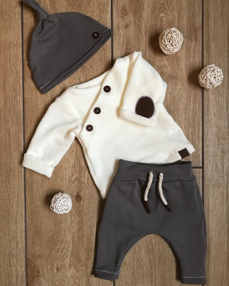 Advent, Advent, the sewing machine is running 🦌🌲🌟 The result is so …  – Babykleidung