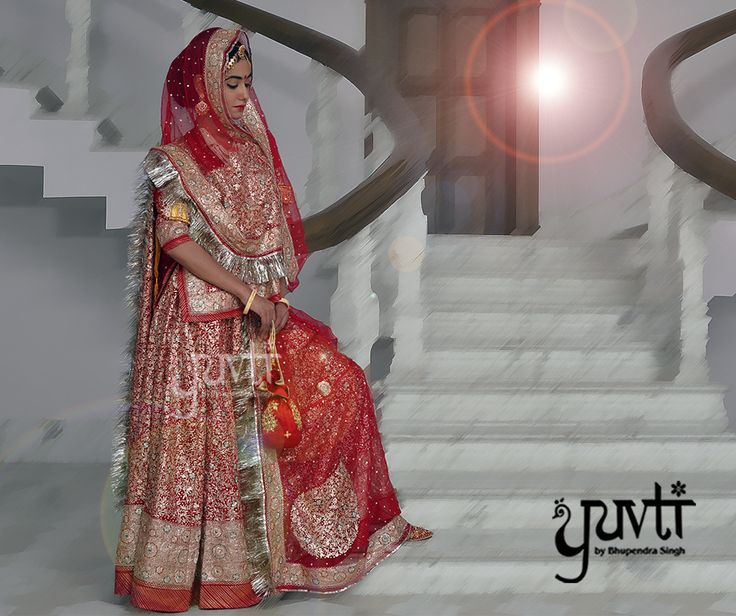 Rajput Bride: The perfect blend of regal magnificence and splendor.#DesignerCollection #Royal #IndianAttire #Ethereal #Traditional #Ethnic #Exclusive #Yuvti