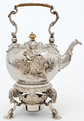 Kettle by Paul de Lamerie, 1736