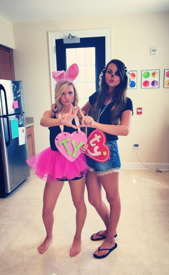 10 Classy Halloween Costumes You Can Make