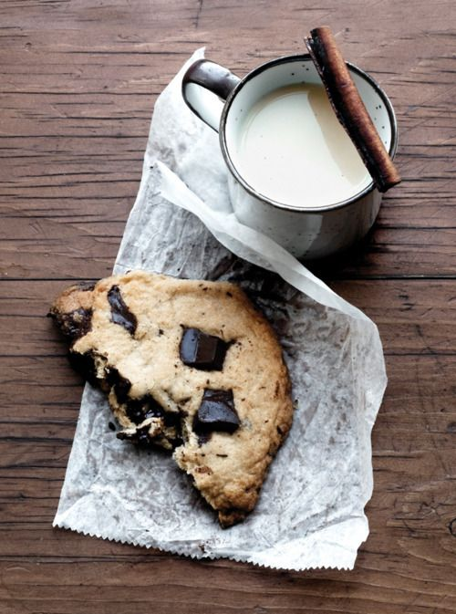 {Chocolate chunk cookie, cinnamon and milk.}