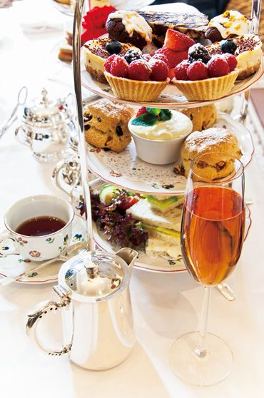 I would like to go to Egerton House Hotel to enjoy afternoon tea.