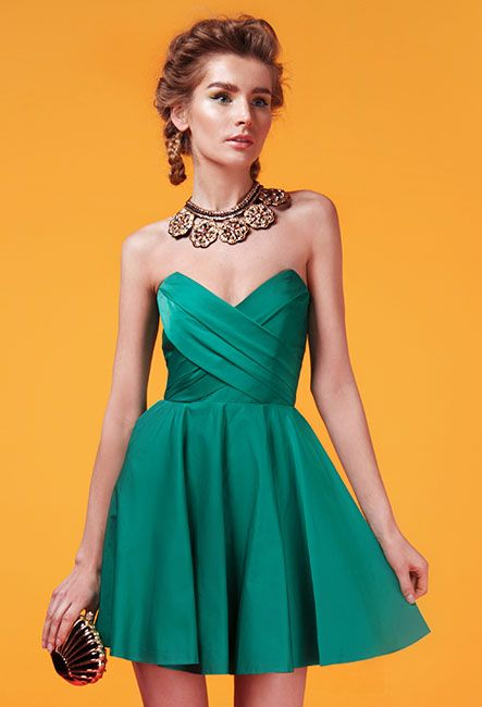Короткое корсетное платье с юбкой клёш | Short corset dress with flared skirt